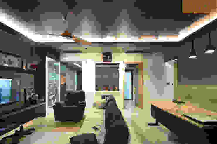 Kitchen view by Designer House Modern Plywood