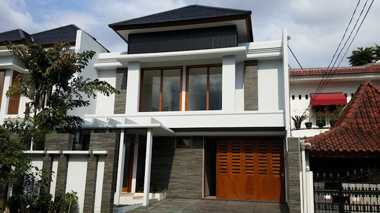 根據 Jasa Arsitek Jakarta 熱帶風