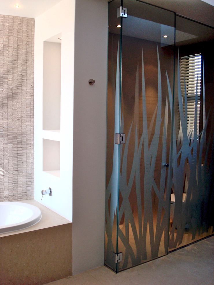 Glazed toilet cubicle Modern bathroom by Turquoise Modern