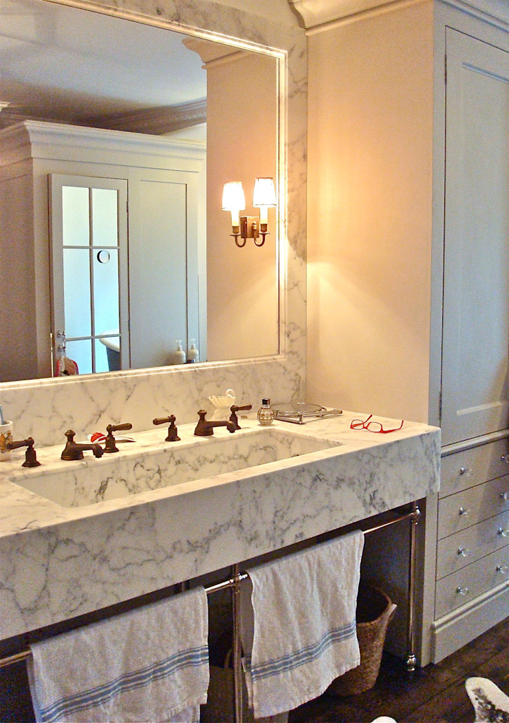 Custom marble vanity Classic style bathroom by Turquoise Classic