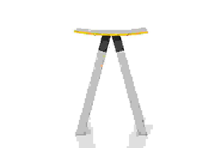 الاسكندنافية  تنفيذ Çedille by Françoise Oostwegel, إسكندينافي خشب Wood effect
