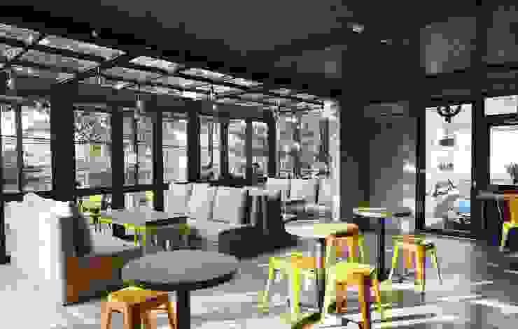 MENTAL ARC DESIGN Commercial Spaces