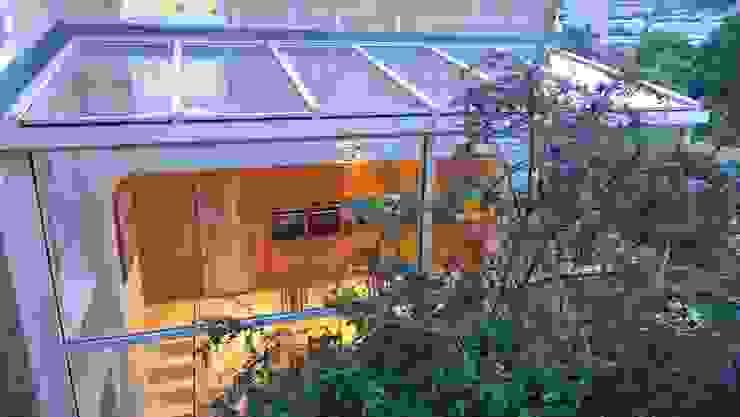 Kitchen diner in glass side return extension. Style Within Moderner Wintergarten