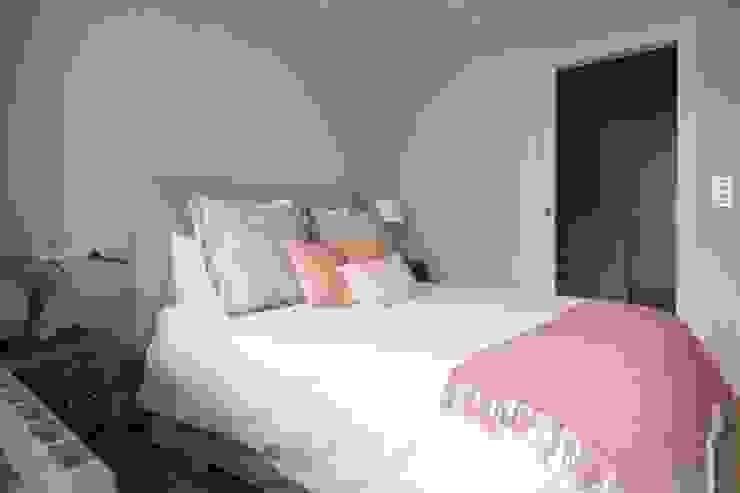 Dormitorio Dormitorios de estilo escandinavo de Espacio Sutil Escandinavo