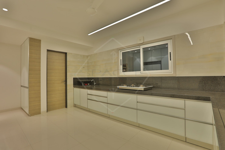 SKY DECK Asian style kitchen by SPACCE INTERIORS Asian