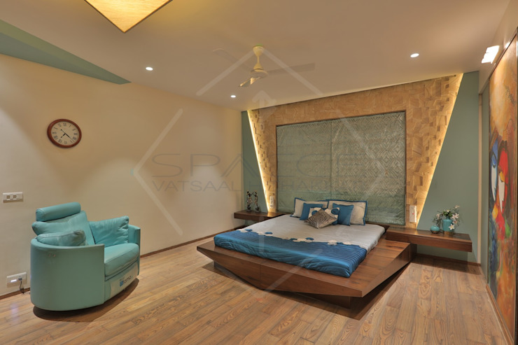 Asian style bedroom by SPACCE INTERIORS Asian