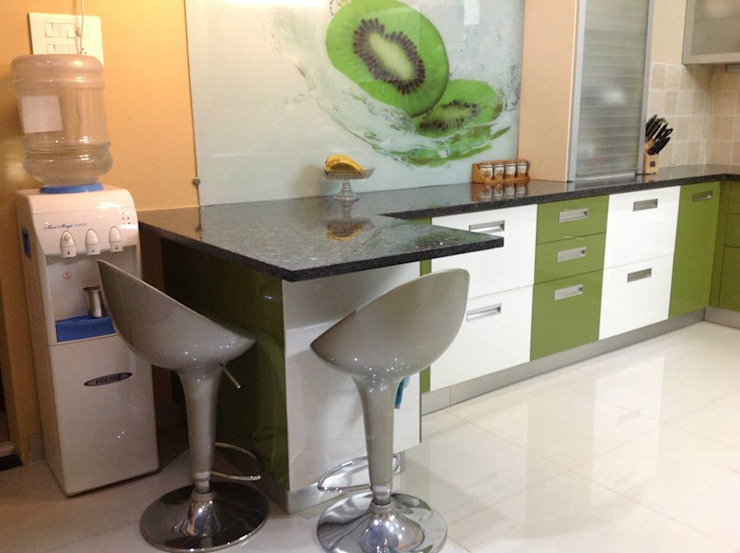 MODULAR KITCHEN IN FARIDABAD Asian style kitchen by MAJESTIC INTERIORS Asian