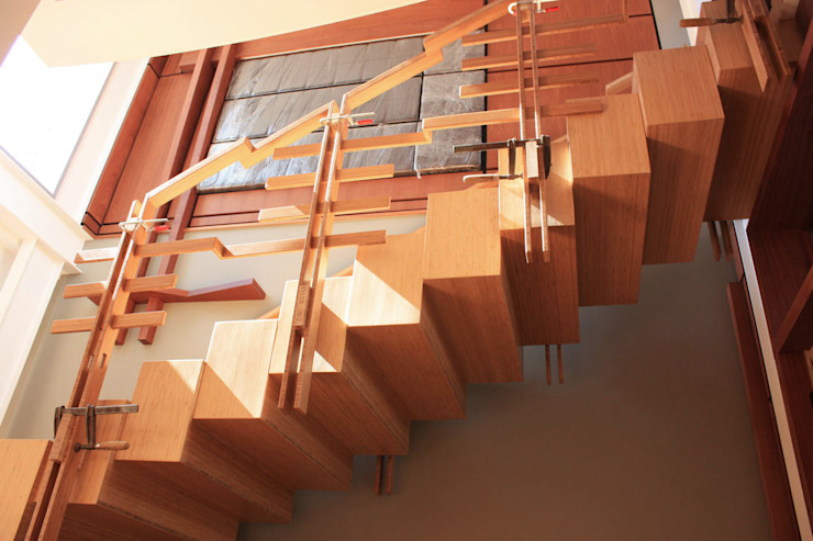 Bamboo Staircase: modern  by Inline Spaces Pty Ltd, Modern Bamboo Green