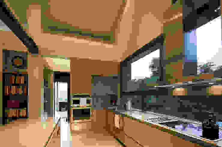 toroposada arquitectos sas Industrial style kitchen