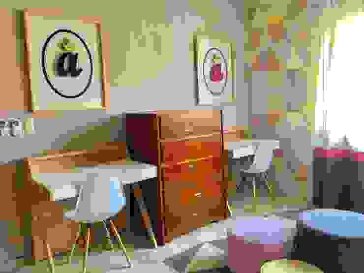 Recámara niñas Dormitorios infantiles modernos de DECO Designers Moderno