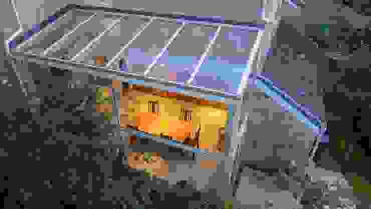 kitchen diner in glass conservatory Moderne Küchen von Style Within Modern