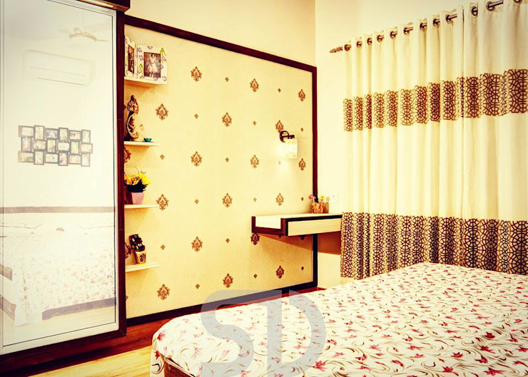 Master Bedroom Dressing & Study Area Minimalist bedroom by SUMEDHRUVI DESIGN STUDIO Minimalist