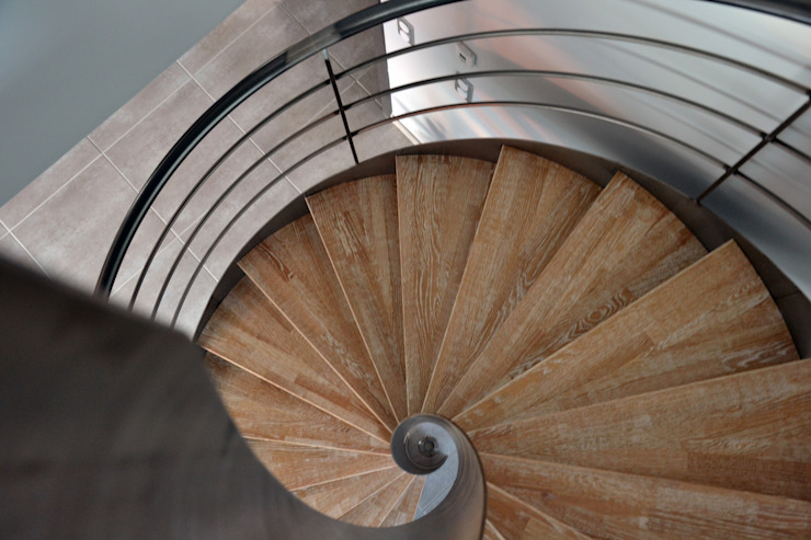 Agence Maïlys MOUTON Modern corridor, hallway & stairs
