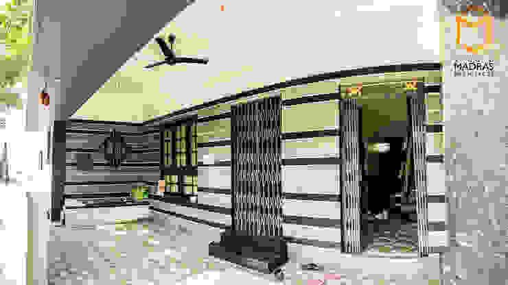 Foyer Minimalist corridor, hallway & stairs by Studio Madras Architects Minimalist