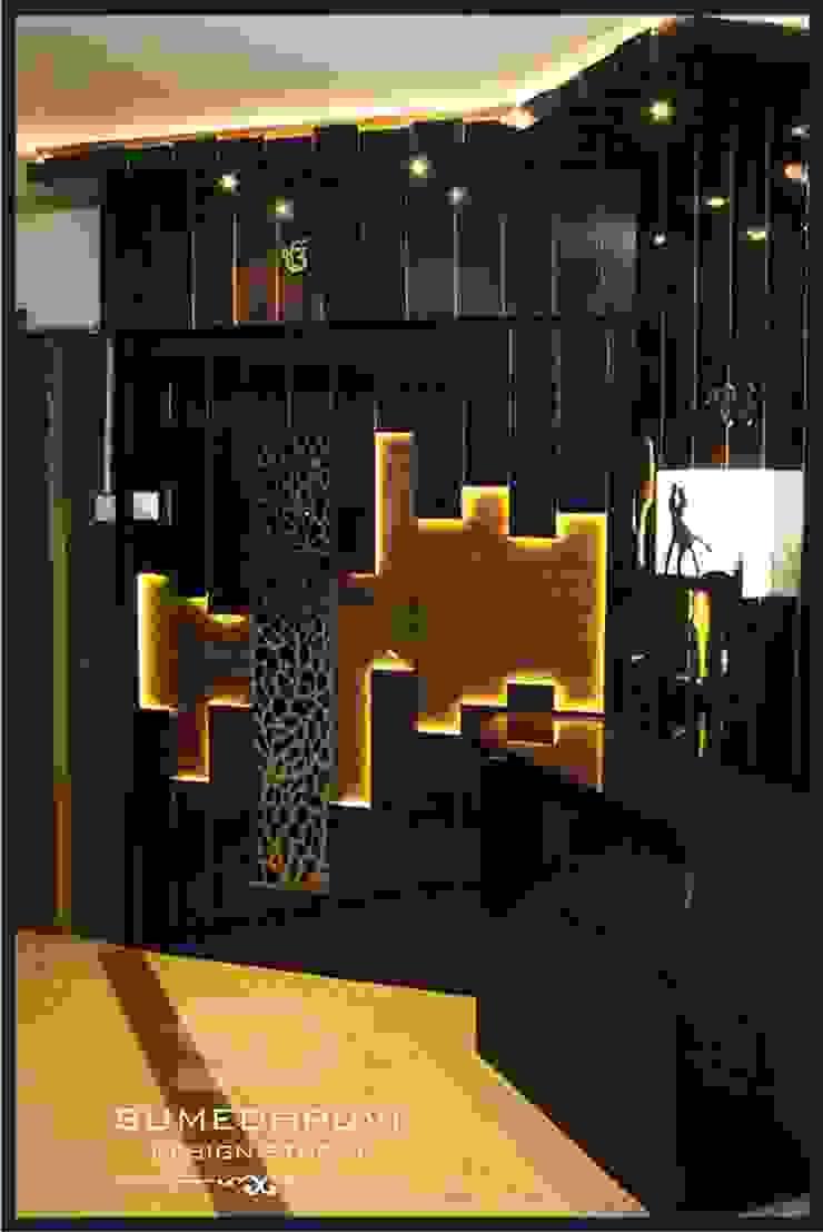 Entrance Lobby Modern Houses by SUMEDHRUVI DESIGN STUDIO Modern