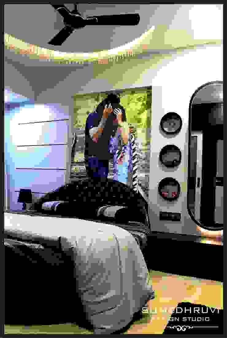 Master Room Modern Bedroom by SUMEDHRUVI DESIGN STUDIO Modern