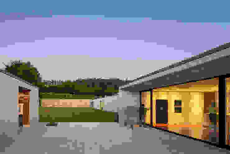 Casa Penafiel: Casas  por StudioCAN,Moderno