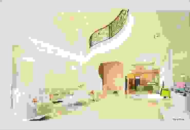 Living room by 詠盛興營建機構,