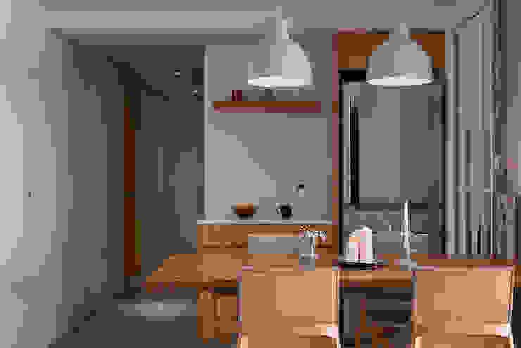 北歐X工業風!:  餐廳 by 好家空間設計工作室