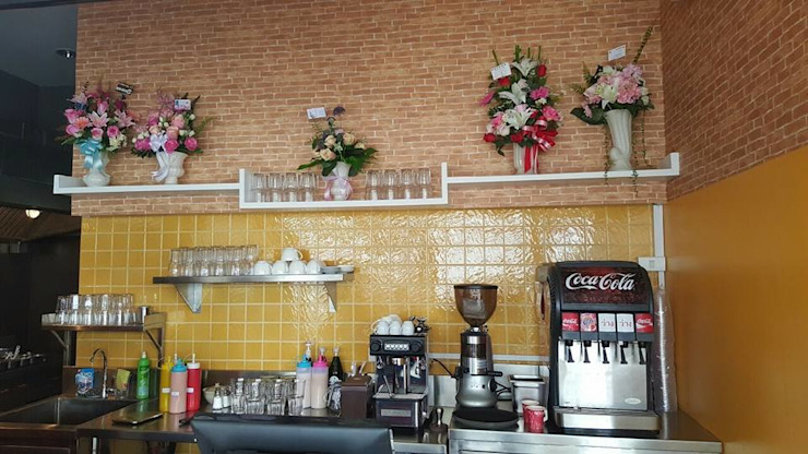 ร้าน EZ'S Kitchen ปั้มน้ำมัน ปตท. จ.อุตรดิตถ์ โดย บริษัท ไอเดียโอโลจี จำกัด