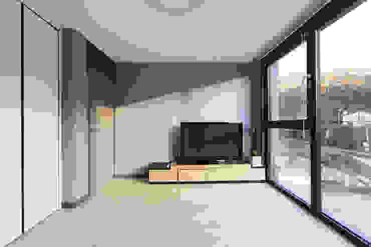 양평 지음재 모던스타일 거실 by 공감로하 건축사사무소 모던