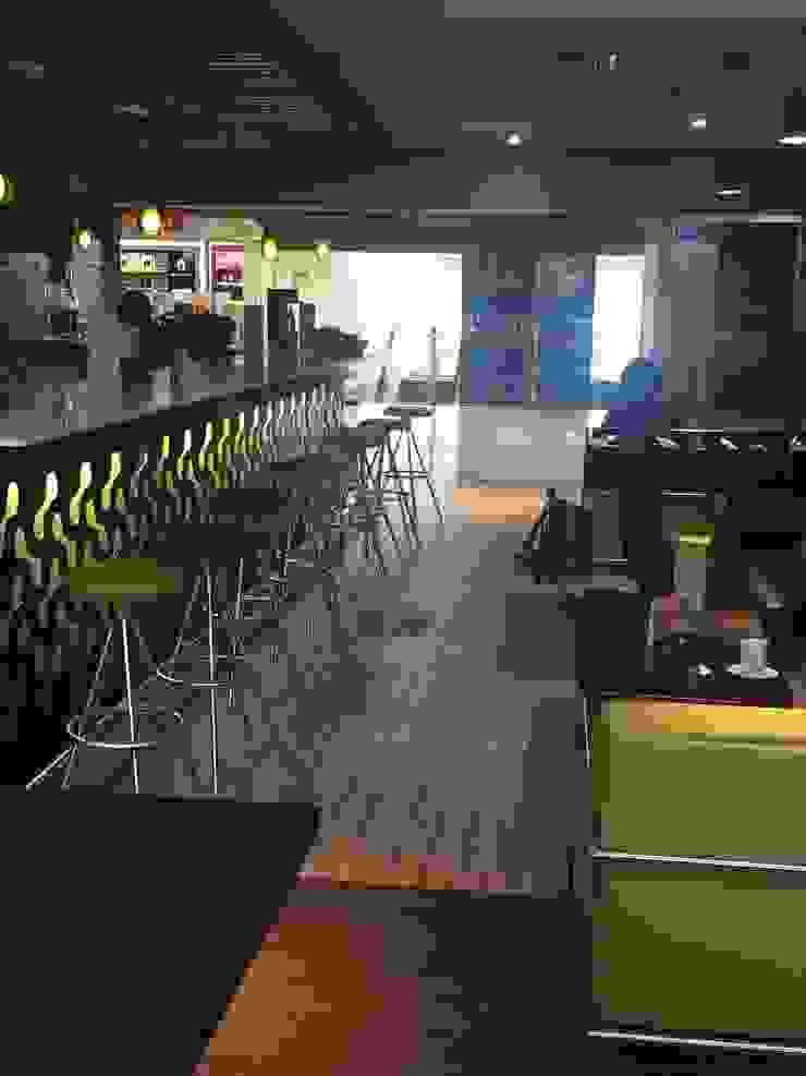 Telas para Tapizar sillas - Restaurante Aeropuerto Guadalajara EASYDEKOR Textiles de alto rendimiento Gastronomía de estilo minimalista
