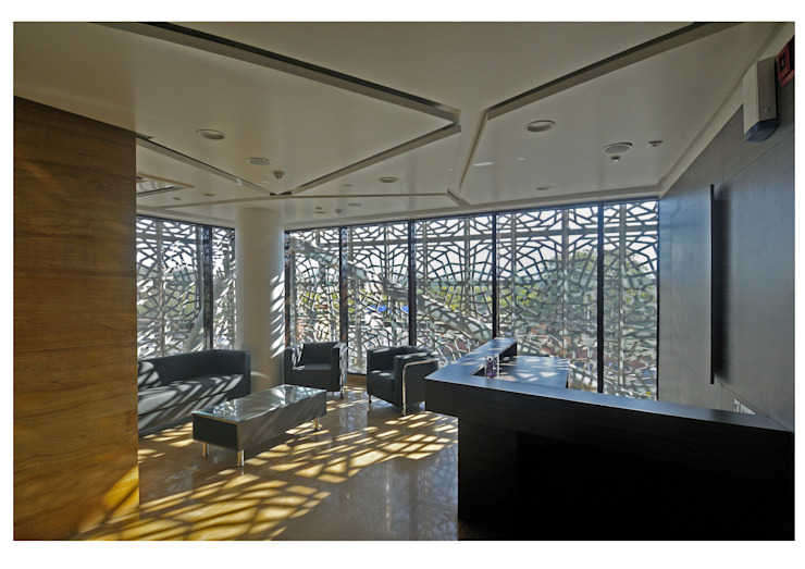 72 SCREENS Modern office buildings by SANJAY PURI ARCHITECTS Modern