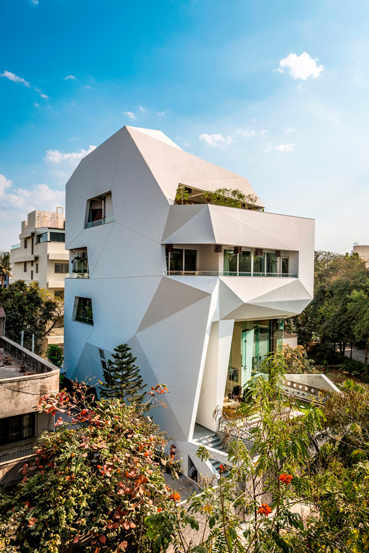 THE ORIGAMI HOUSE Modern houses by SANJAY PURI ARCHITECTS Modern