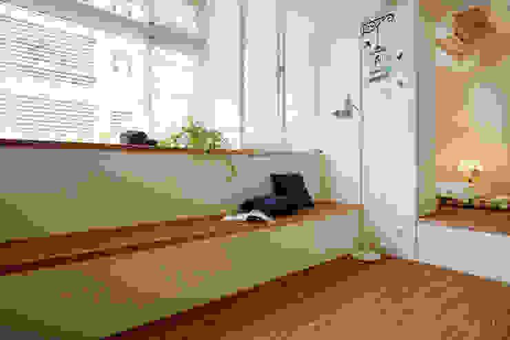 Phòng khách phong cách đồng quê bởi 弘悅國際室內裝修有限公司 Đồng quê Gỗ Wood effect