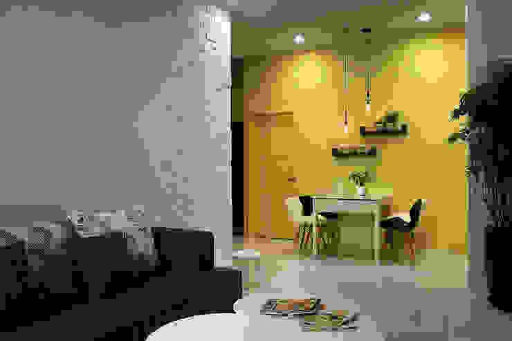 <低預算>舊屋翻新-小家庭的夢想家 根據 品茉空間設計/夏川設計 地中海風 木頭 Wood effect