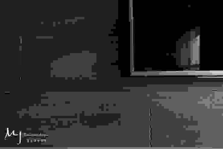 竹北椰林王公館 现代客厅設計點子、靈感 & 圖片 根據 茗匠有限公司 現代風