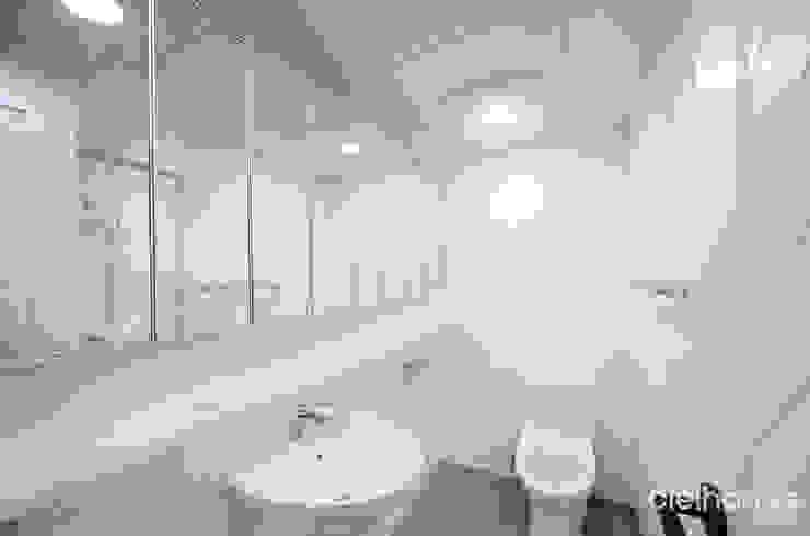 심플 엣지 스타일 – 아이파크 인테리어 모던스타일 욕실 by 씨엘하우스 모던