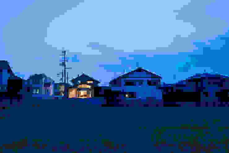 小笠原建築研究室 Single family home Solid Wood Blue