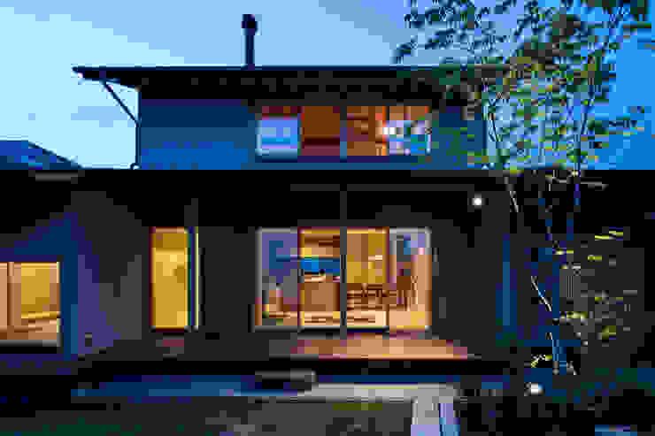 小笠原建築研究室 Single family home Wood Blue