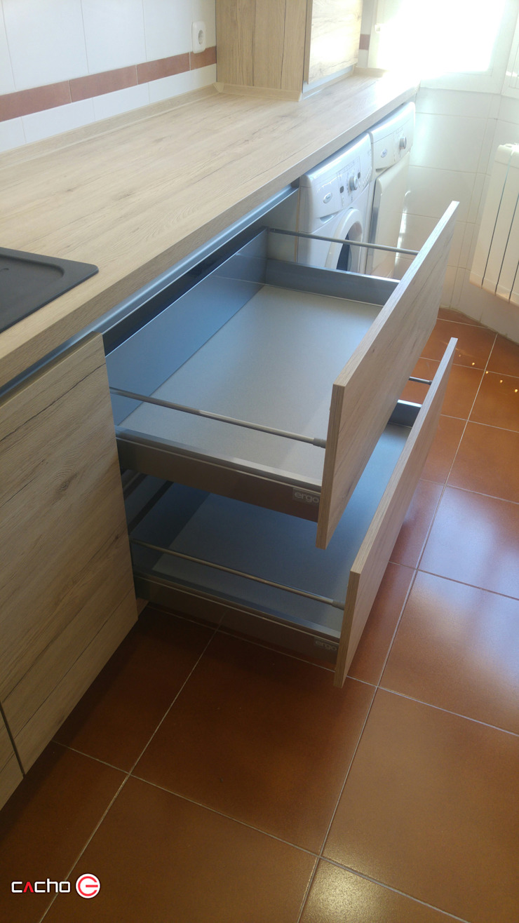 by CACHO Estudio De Cocinas
