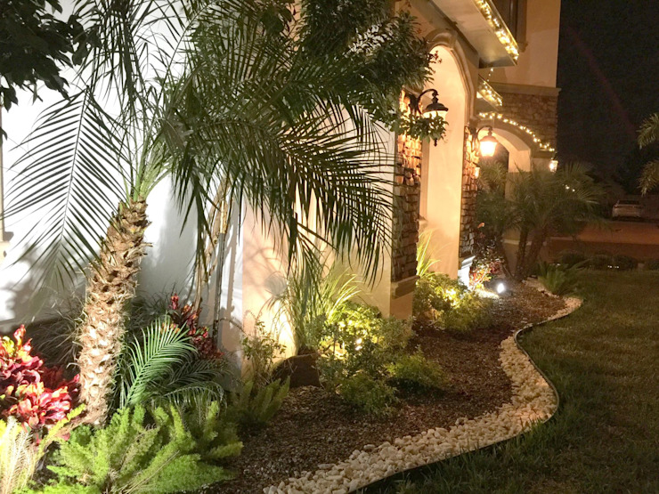 庭院 by 3HOUS, 現代風
