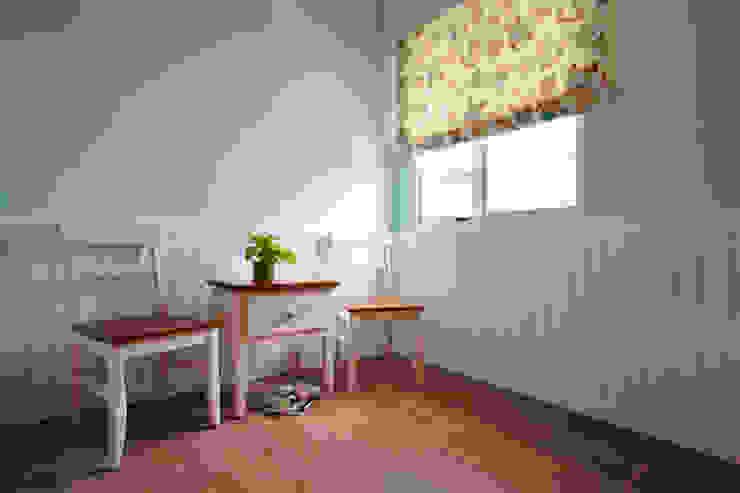 目前沒有特定計畫的臥室,預留給未來新生命 根據 弘悅國際室內裝修有限公司 鄉村風 MDF