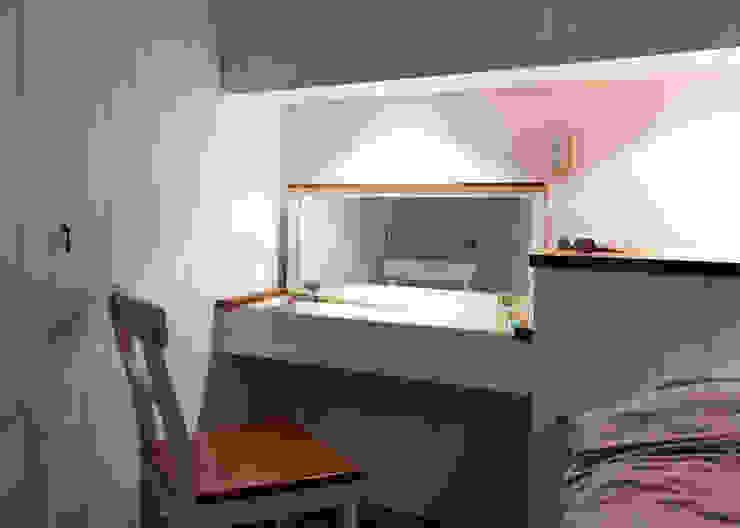 โดย 弘悅國際室內裝修有限公司 คันทรี่ ไม้ Wood effect