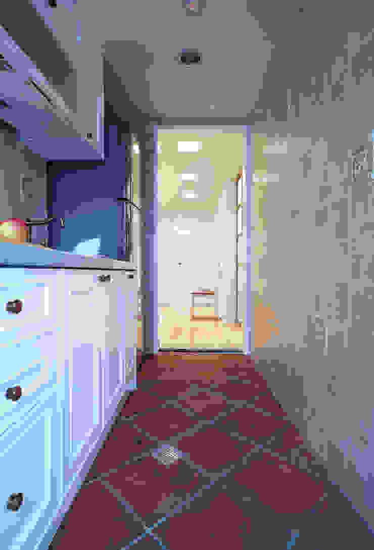 不同形式的復古磁磚塑造清爽感與經典的樣貌 根據 弘悅國際室內裝修有限公司 鄉村風 磁磚