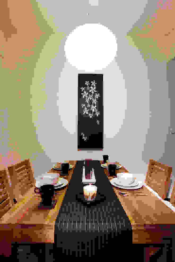 木質的紋理簡單清爽卻穩重 根據 弘悅國際室內裝修有限公司 日式風、東方風 木頭 Wood effect