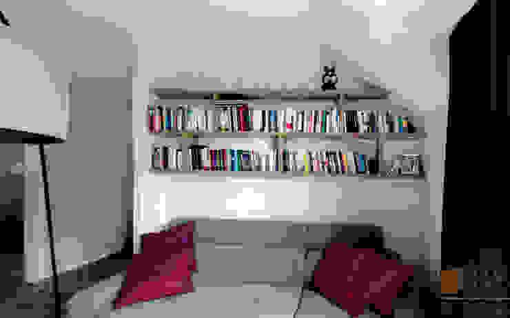 PPHU BOBSTYL Living roomShelves MDF Wood effect