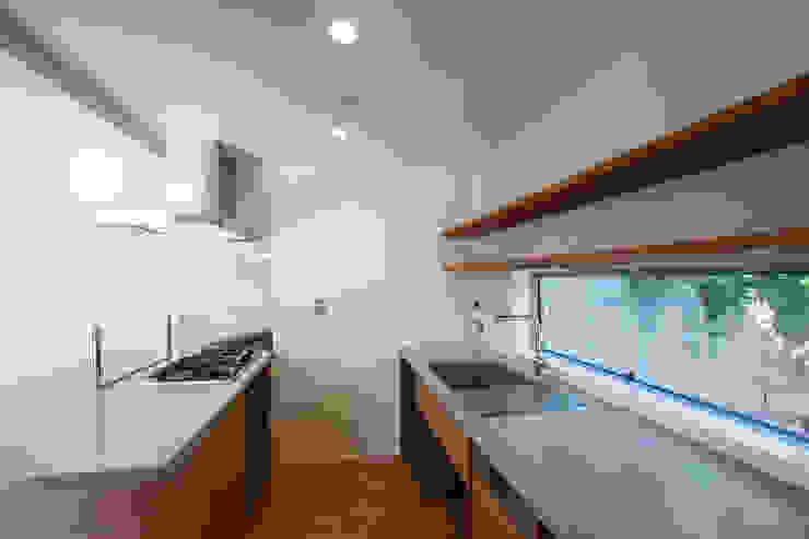 Modern kitchen by 株式会社ココロエ Modern
