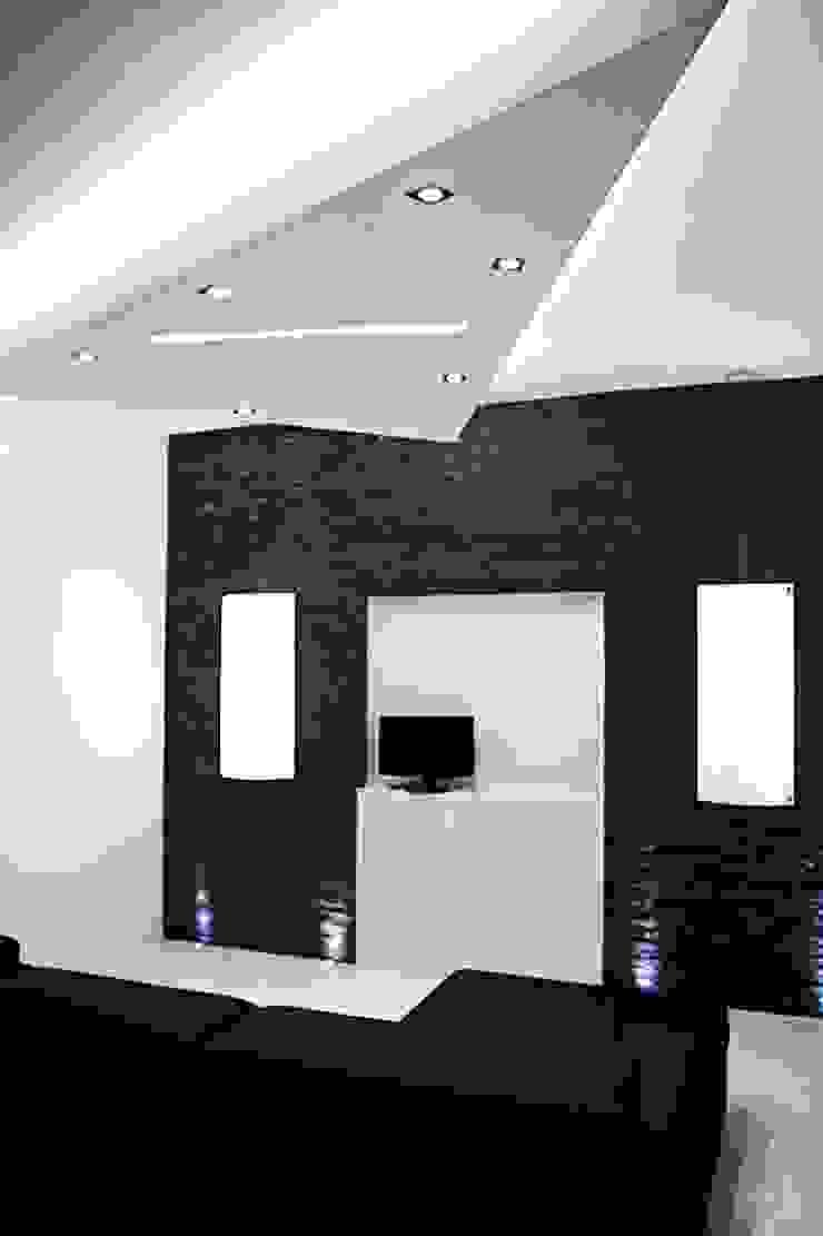 Salas de estilo minimalista de Luca Alitini Minimalista Piedra