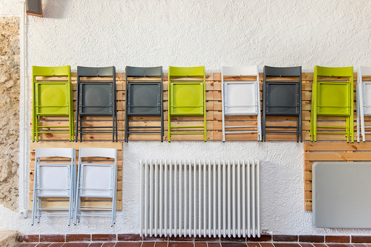 Casa en Sant Pau d'Ordal Garajes de estilo moderno de Silvia R. Mallafré Moderno