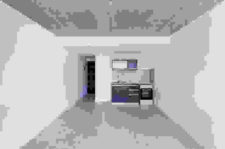 Dapur Modern Oleh Garnerone + Ramos Arq. Modern