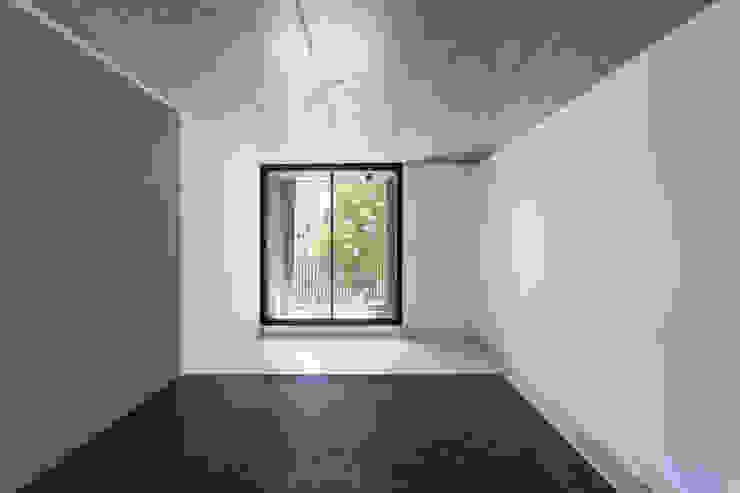 Ruang Makan Modern Oleh Garnerone + Ramos Arq. Modern