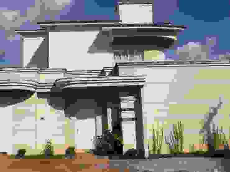 Modern Houses by Econs Arquitetura e Engenharia Modern