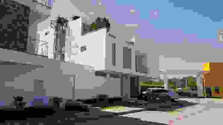 casas punta colorados Casas de estilo minimalista de CONSTRUCTOR INDEPENDIENTE Minimalista