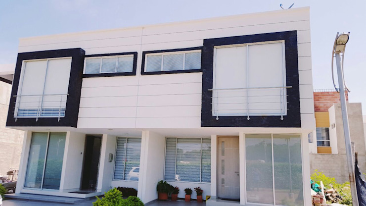 CONSTRUCTOR INDEPENDIENTE Casas de estilo minimalista