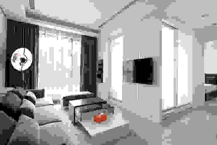 單層空間設計 台北 现代客厅設計點子、靈感 & 圖片 根據 達圓設計有限公司 現代風